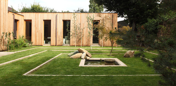 Contemporary Garden by fmda