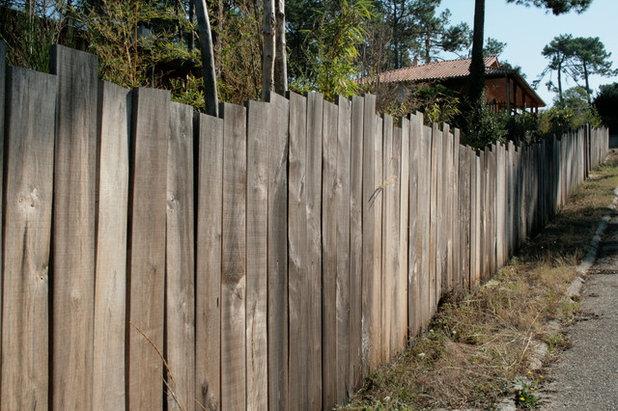 10 cl tures en bois pour d limiter son jardin. Black Bedroom Furniture Sets. Home Design Ideas
