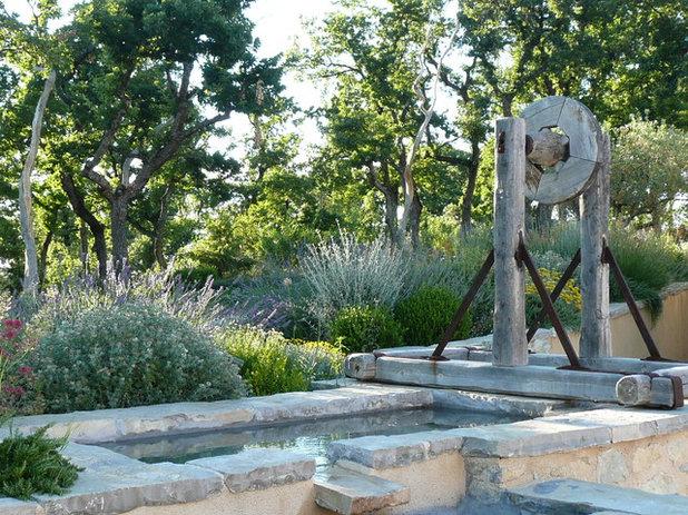 18 types de point d 39 eau pour sublimer son jardin - Point d eau dans le jardin ...
