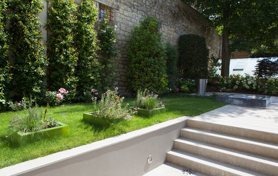 Stickybeak of the Week: Contemporary Calm in a French Garden