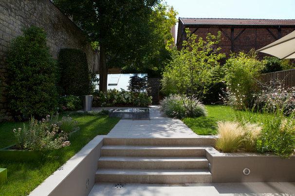Visite priv e un jardin contemporain entre pure et for Jardin contemporain photos