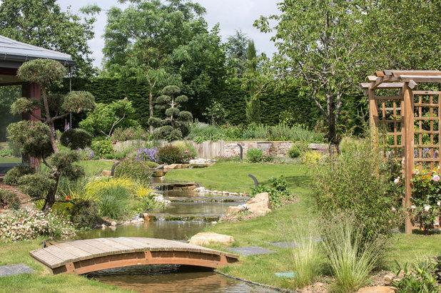 Visite priv e un jardin avec rivi re japonisante et potager - Jardin asiatique ...
