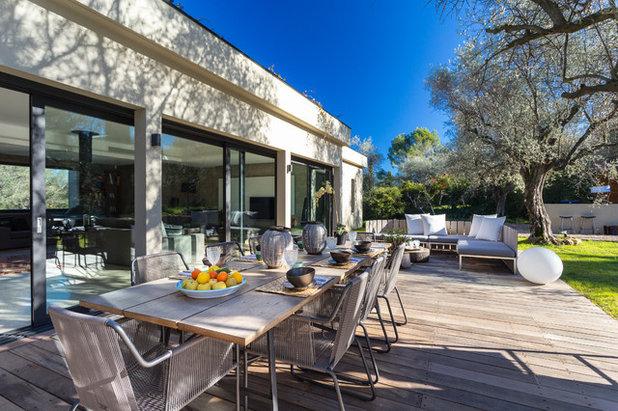 Le case houzz costruire una villa con piscina tra gli ulivi for Costruire una villa