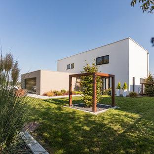 grand jardin moderne photos et id es d co de jardins. Black Bedroom Furniture Sets. Home Design Ideas