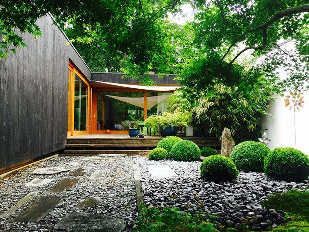 Contemporain Jardin by Thomas Architectes