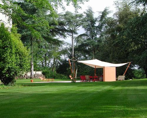 jardin contemporain avec une pente une colline ou un talus photos et id es d co de jardins. Black Bedroom Furniture Sets. Home Design Ideas