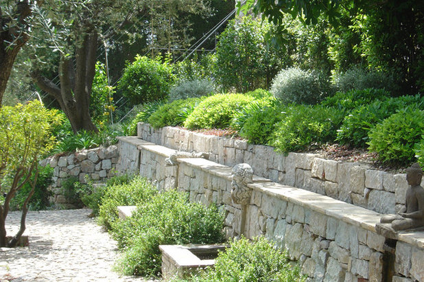 lay of the landscape: 12 elements of provence garden style, Garten seite