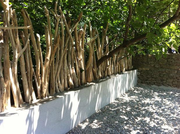 Giardino recinzioni divisori e ringhiere quali for Divisori da giardino in plastica