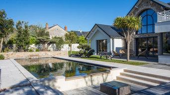 Terrasse et conception d'une piscine à débordements sur projet en cours