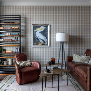На фото: рабочее место среднего размера в стиле современная классика с разноцветными стенами, темным паркетным полом и коричневым полом