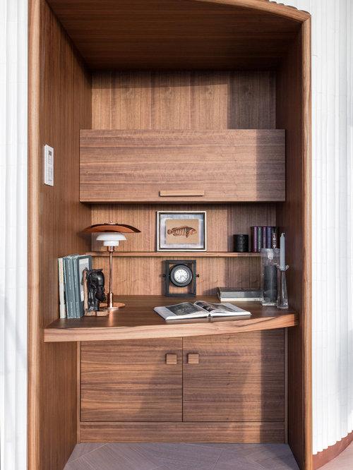 Kleine arbeitszimmer mit brauner wandfarbe ideen design for Arbeitszimmer wandfarbe