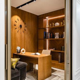Идея дизайна: рабочее место среднего размера в современном стиле с полом из керамогранита и отдельно стоящим рабочим столом