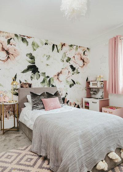 Romantique Chambre d'Enfant by My Bespoke Room
