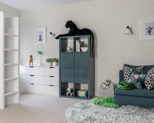 kinderzimmer mit teppichboden und farbigen w nden design. Black Bedroom Furniture Sets. Home Design Ideas