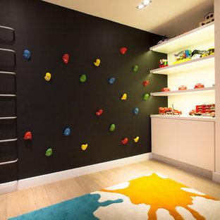 Holland Park, Kid's Room