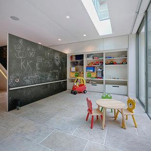 Foto di una cameretta per bambini da 1 a 3 anni contemporanea