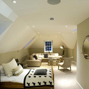 Kidsu0027 Room   Transitional Kidsu0027 Room Idea In London With Green Walls