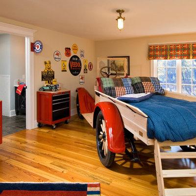 Kids' bedroom - traditional boy medium tone wood floor kids' bedroom idea in Boston with beige walls