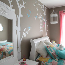 Traditional Kids by Milestone Homes