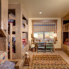 traditional kids by Pinnacle Mountain Homes