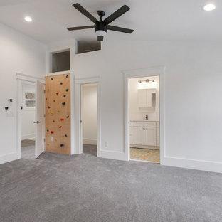 Inspiration for a modern kids' room remodel in Atlanta