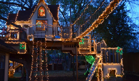 A Magical Tree House Lights Up for Christmas