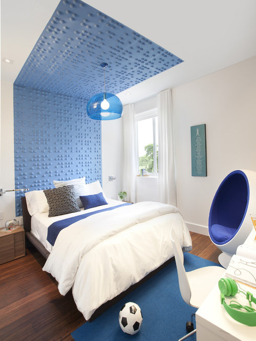 Contemporary Kids Miami Inspiration for a contemporary kids' room remodel in Miami with white walls