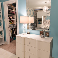Transitional Kids by CHATHAM INTERIORS, INC.
