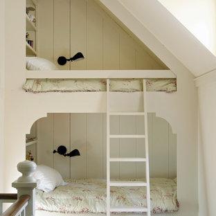Kids' bedroom - traditional kids' bedroom idea in Atlanta with white walls