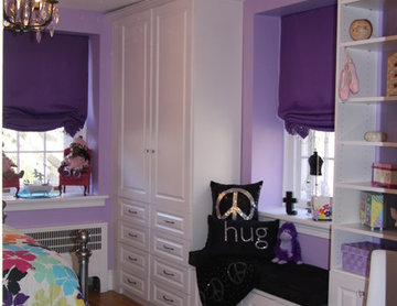 Award Winning bedroom cabinetry to utilize every inch of available wall space