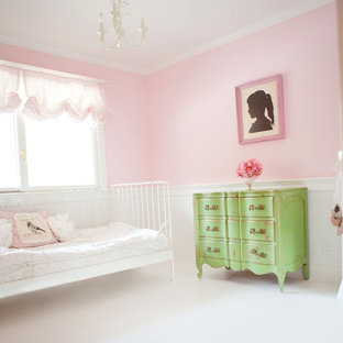 Inspiration for a timeless kids' room remodel in San Francisco