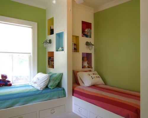 chambre d 39 enfant avec un sol en moquette et un mur vert photos et id es d co de chambres d 39 enfant. Black Bedroom Furniture Sets. Home Design Ideas