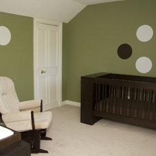 Contemporary Kids by Rooms in Bloom Home Staging & Design Inc.