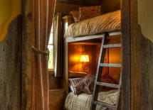 what is size of bunk bed room?
