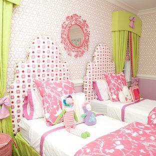 Идея дизайна: детская среднего размера в стиле современная классика с спальным местом, темным паркетным полом и разноцветными стенами для ребенка от 4 до 10 лет, девочки
