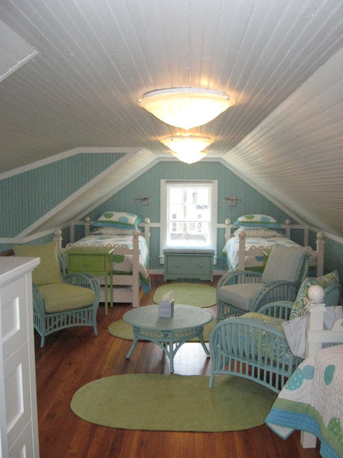 Low ceiling attic houzz for Attic room decoration