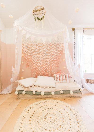 Scandinave Chambre d'Enfant by Urbanology Designs