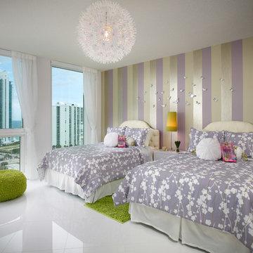 Bold & Beautiful Miami Penthouse