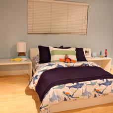 Traditional Kids Boy's Bedroom