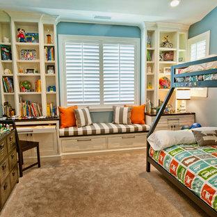 Diseño de dormitorio infantil de 4 a 10 años, clásico, con paredes azules y moqueta