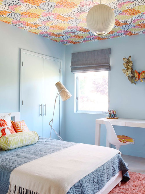 1960s kids bedroom photo in los angeles with blue walls