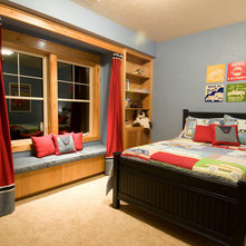 Traditional Kids by DC Fine Homes Inc.