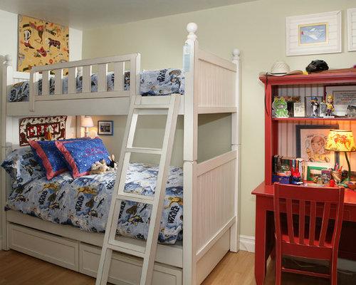 Mountain Style Boy Light Wood Floor Kidsu0027 Bedroom Photo In Los Angeles