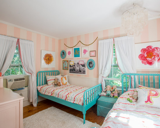 saveemail - Jenny Lind Bed