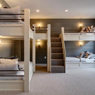 Modelo de dormitorio infantil campestre con paredes grises, moqueta y suelo gris