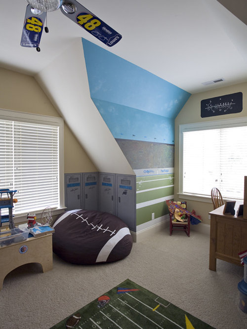 Hockey lockers home design ideas pictures remodel and decor for Kids hockey room