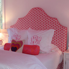 Contemporary Bedroom by Julie Rootes Interiors