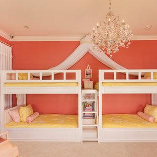 Свежая идея для дизайна: большая детская в современном стиле с спальным местом, розовыми стенами и ковровым покрытием для ребенка от 4 до 10 лет, девочки - отличное фото интерьера