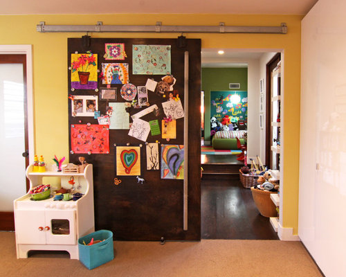 Inspiration For A Contemporary Kidsu0027 Room Remodel In San Diego With Yellow  Walls