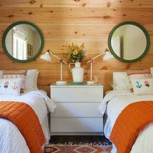 Неиссякаемый источник вдохновения для домашнего уюта: маленькая нейтральная детская в морском стиле с спальным местом